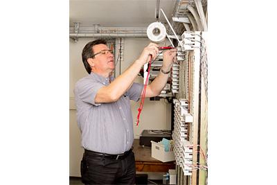 Elektro Schärli AG - Men at work